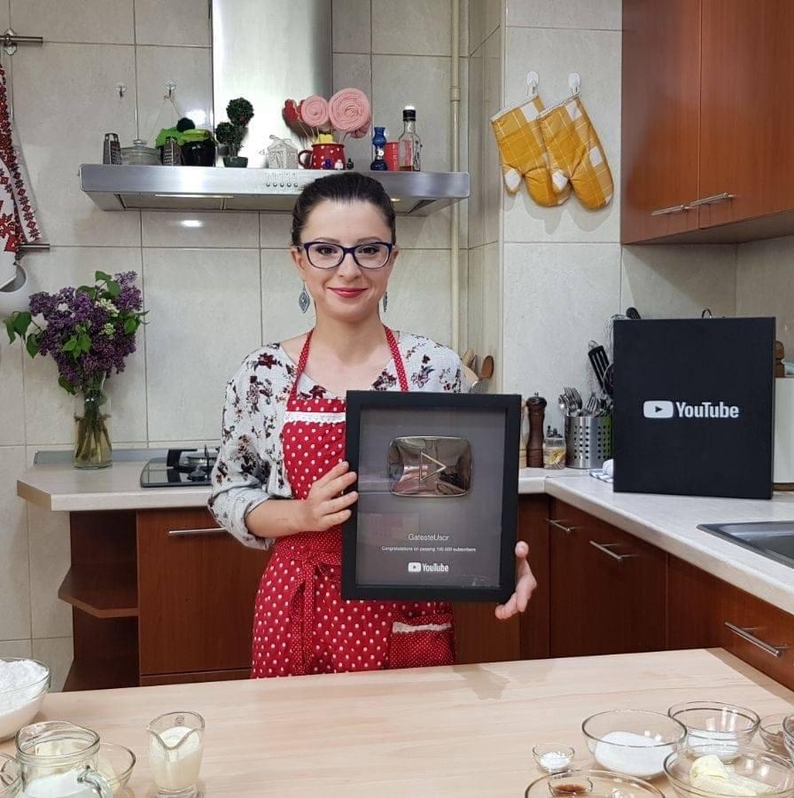 Camelia Juganaru - GatesteUsor // Vlogger