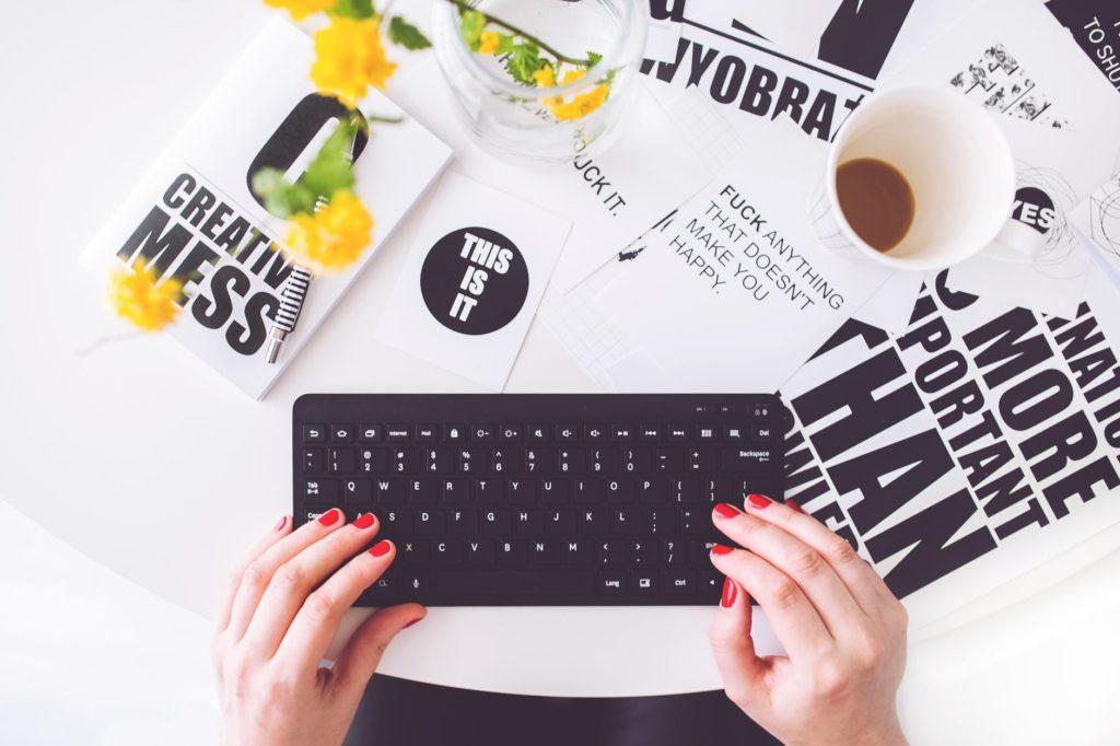 Cum iti dotezi tipografia cu buget relativ mic